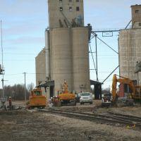 Santa Fe Ave., Railroad repair, from the East. Salina Kansas, January 12, 2012, Салина
