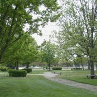 Oakdale Park, paths and seats, April 19, 2012, Салина