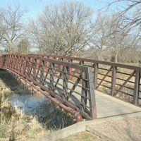Oakdale Bridge, Kenwood Park Dr. Bridge with Tube, southside, Салина