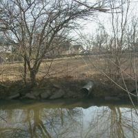 Smoky Hill River culvert, from near South Picnic table, S. Front Street Picnic Grounds, Салина