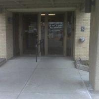 Front Entrance, Хэйс