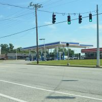 Marathon Fuel Station, West Walnut Street, Lebanon, Kentucky, Гутри