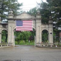 Woodland Cemetery, Флатвудс