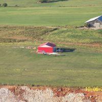 Cross Wind Field, Horse Cave, KY, Хорс-Кейв