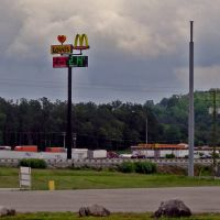 Loves Truck Stop at Exit 58 on I-65 Horse Cave, KY, Хорс-Кейв