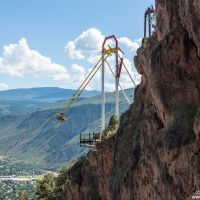 Giant Canyon Swing built by S&S, Гленвуд-Спрингс