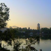 early morning at Lakeside Amusement Park, Лейксайд