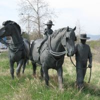Statues along South Platte River, Литтлетон