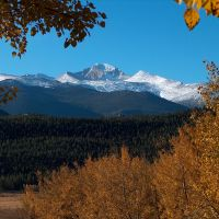 Longs Peak in autumn, from Moraine Park, Rocky Mountain National Park, Colorado, Нанн
