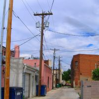 Pueblo alley, Пуэбло