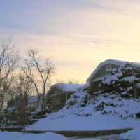 homes on a winter evening, Эджуотер