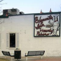 Edgewater Inn, Эджуотер