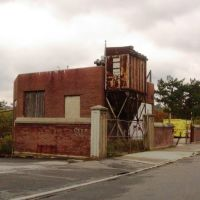 small factory, Бриджпорт