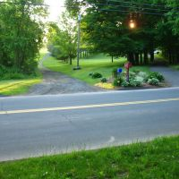 Mattabesett Trail on Atkins St., Middletown - May 14 2010, Вест-Хавен