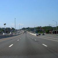 I-95 Exit 51, Ист-Хавен