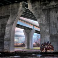 Under the Charter Oak Bridge, Ист-Хартфорд