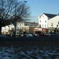 East Main Street, Мериден