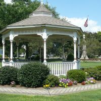 Tha Bandstand on the Milford Green, Милфорд