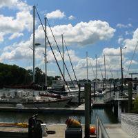 Sailboats in Milford Harbor, Милфорд