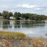 Gulf Pond, Милфорд