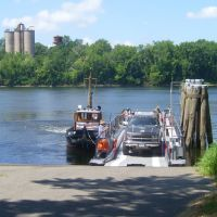 Connecticut River Ferry, Роки-Хилл