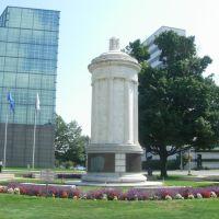 monument, Стамфорд