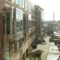hospital courtyard, Стамфорд