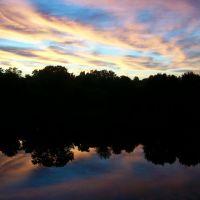 Sky and reflection on Ash Creek, Файрфилд