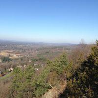 View Along Metacomet Ridge from King Phillip Mountain North Overlook, 11222012, Фармингтон