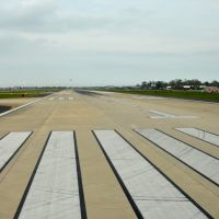 Runway at New Orleans International Airport, Кеннер