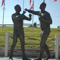 Boxing Sculpture - Kenner, LA, Кеннер