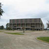 North Side of Lake Charles Civic Center, Лейк-Чарльз