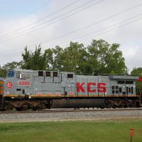 Kansas City Southern Railway Locomotive No. 4594 at Leesville, LA, Лисвилл