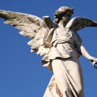 Cemetery Angel Statue, Монро