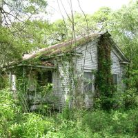 Dilapidated home in Grand Coteau, Сансет