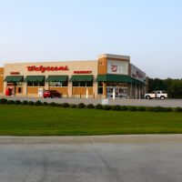 Dustys view of Walgreens, Скотт