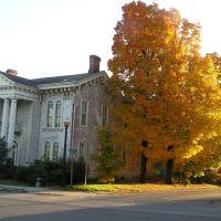October Antebellum Mansion, Louisiana MO, Стоунволл