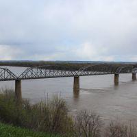 Louisiana, MO Bridge, Стоунволл