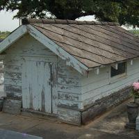 Istre Cemetery Grave House #1 - Morse, LA, Чёрч-Пойнт