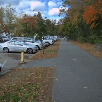 Rail Trail: Ayer center parking area, Айер
