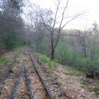 Abandoned rail line next to rte 27 in Acton, Актон