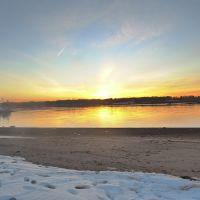 Закат на пляже зимой..., Беверли