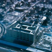 Blizzard of 1978 - Aerial of old Peter Fuller Cadillac Building - Boston, MA, Бруклин