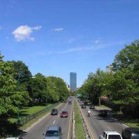 Storrow Drive looking towards The John Hancock Tower, Бруклин