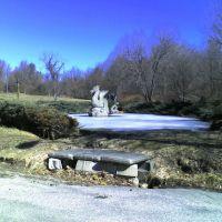 Dragon Pond, Дадли