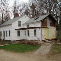 Family Farmhouse Renovations 2009, Дадли