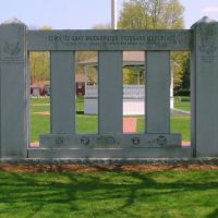 Town of Bridgewater Veterans Memorial, Ист-Бриджуотер