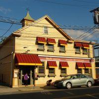 Vinny Testas Restaurant - Lexington, Center - Lexington, MA, Лексингтон