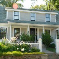 House on Pleasant Street - Lexington, MA, Лексингтон