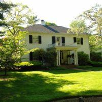 Home on Fallen Road - Lexington, MA, Лексингтон